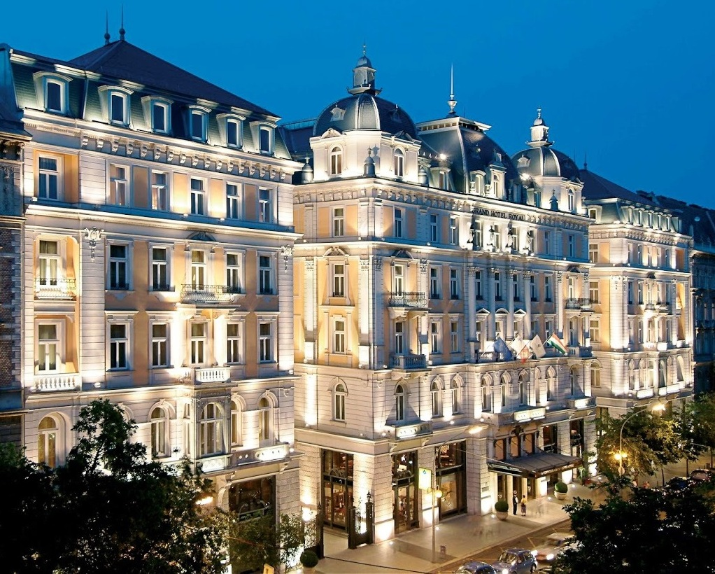 Penccil the grand budapest hotel for Hotel budapest